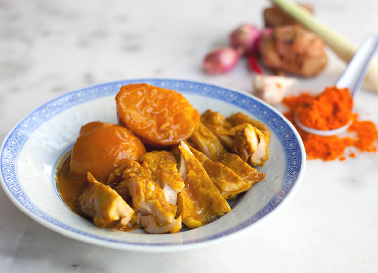 hainanese-curry-chicken-rice-singapore
